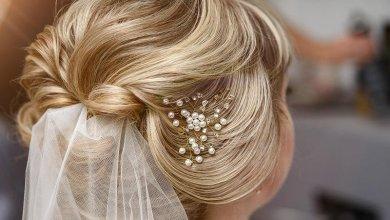 """يوم الزفاف وأجمل التسريحات المنسدلة""""الويفي"""" أو """"الريترو"""""""
