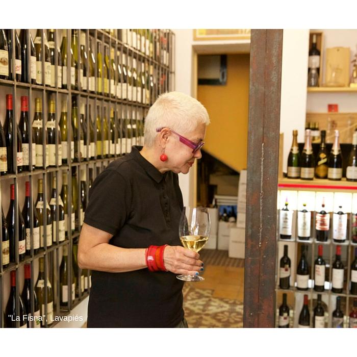 "En la tienda gourmet de vinos ""La Fisna"", Lavapiés, Madrid"