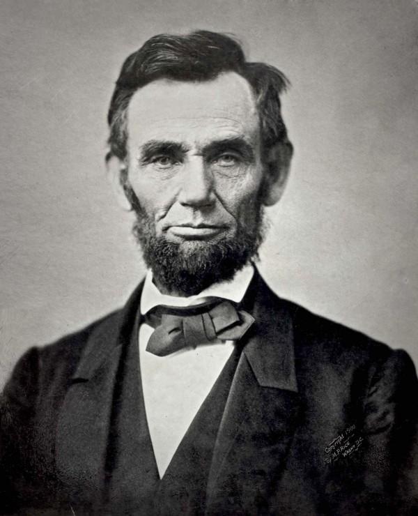 Abraham-Lincoln-600x740 (1)