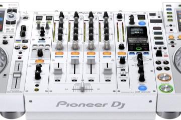 Pioneer DJ cdj-2000nxs2-w & djm-900nxs2-w