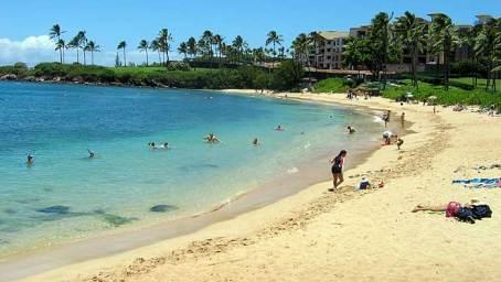 2-20 - Kapalua Beach Park