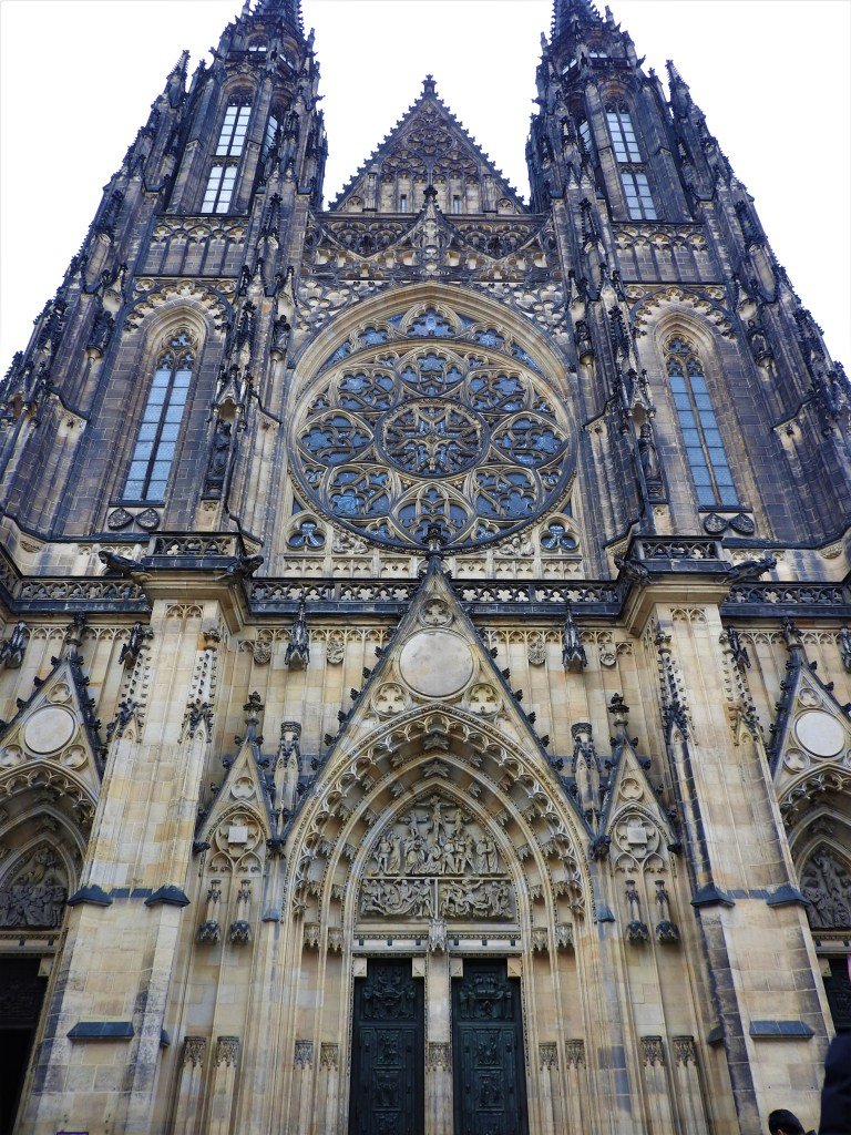 cathedrale-saint-guy-prague
