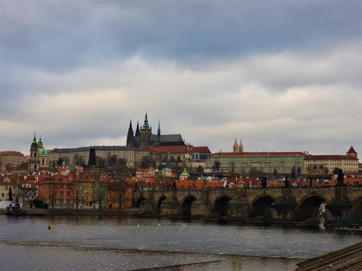 pont-charles-chateau-prague