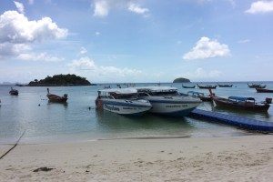 リペ島発のスピードボート