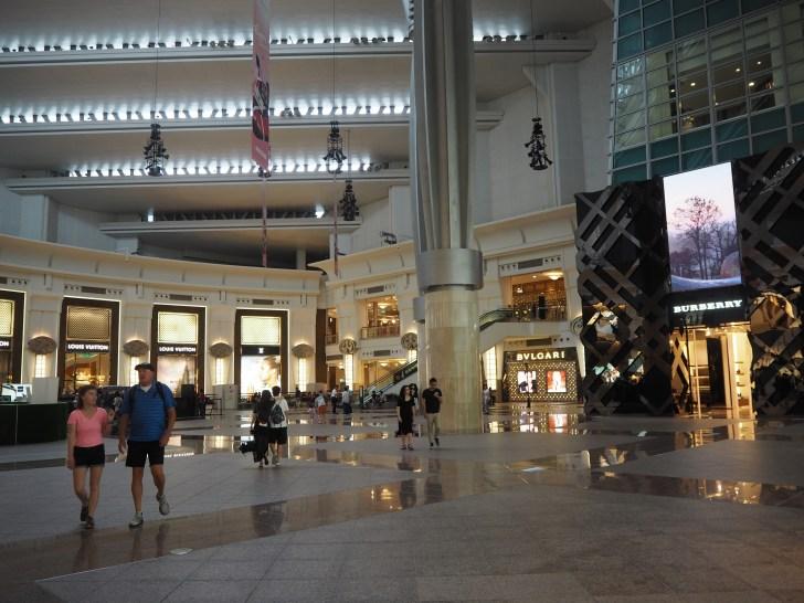 台北101にはブランドショップが多い