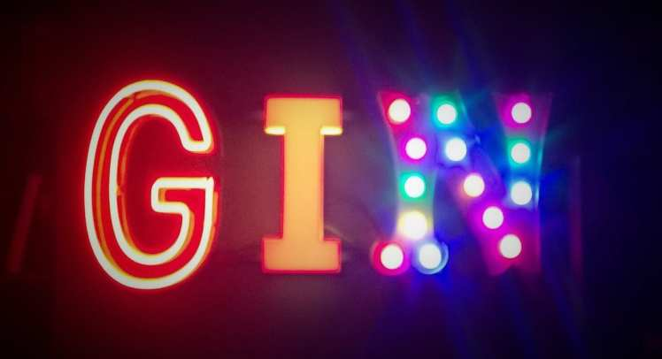 Gin sign neon