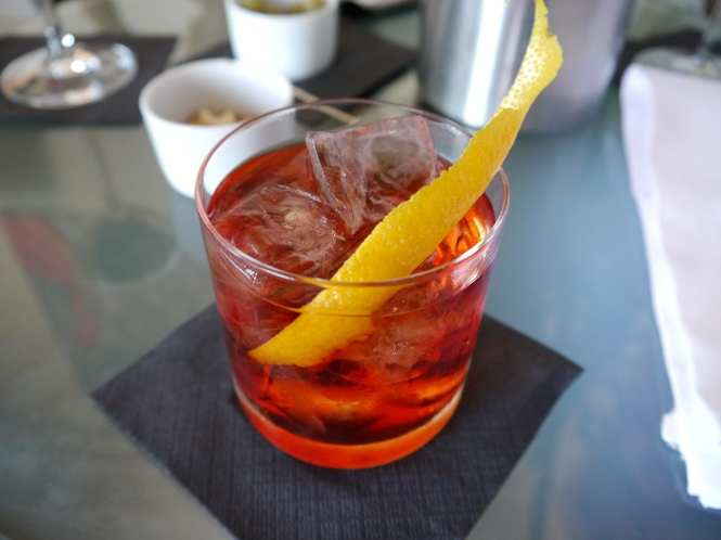 Negroni bitter cocktail