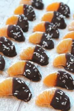 https://www.myfussyeater.com/chocolate-coconut-dipped-satsumas/