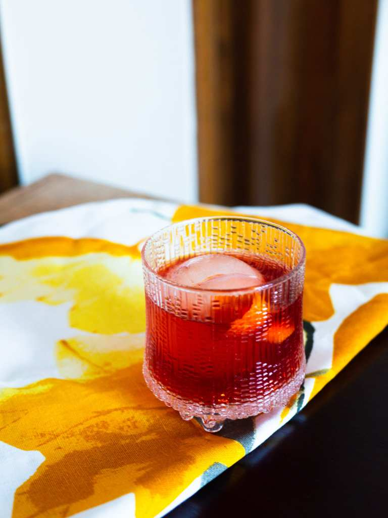 Boulevardier whisky cocktail