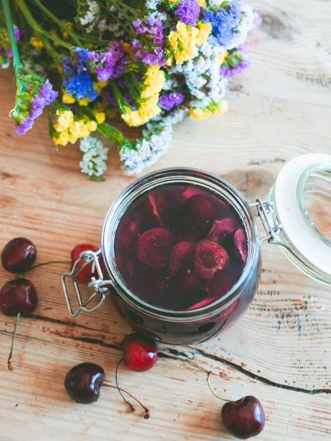 cherry vodka infusion