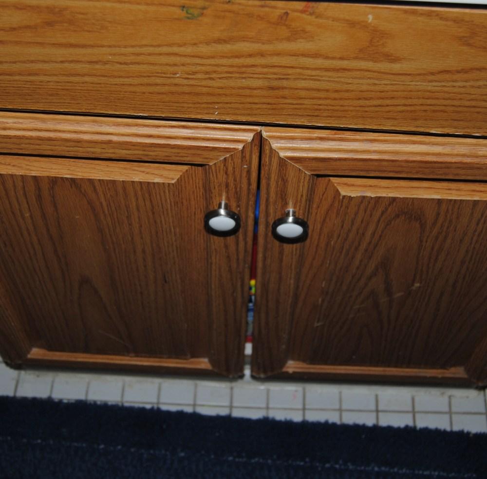 Design On A Nickel: Bathroom Cabinet Decoupage Restyle  (1/6)