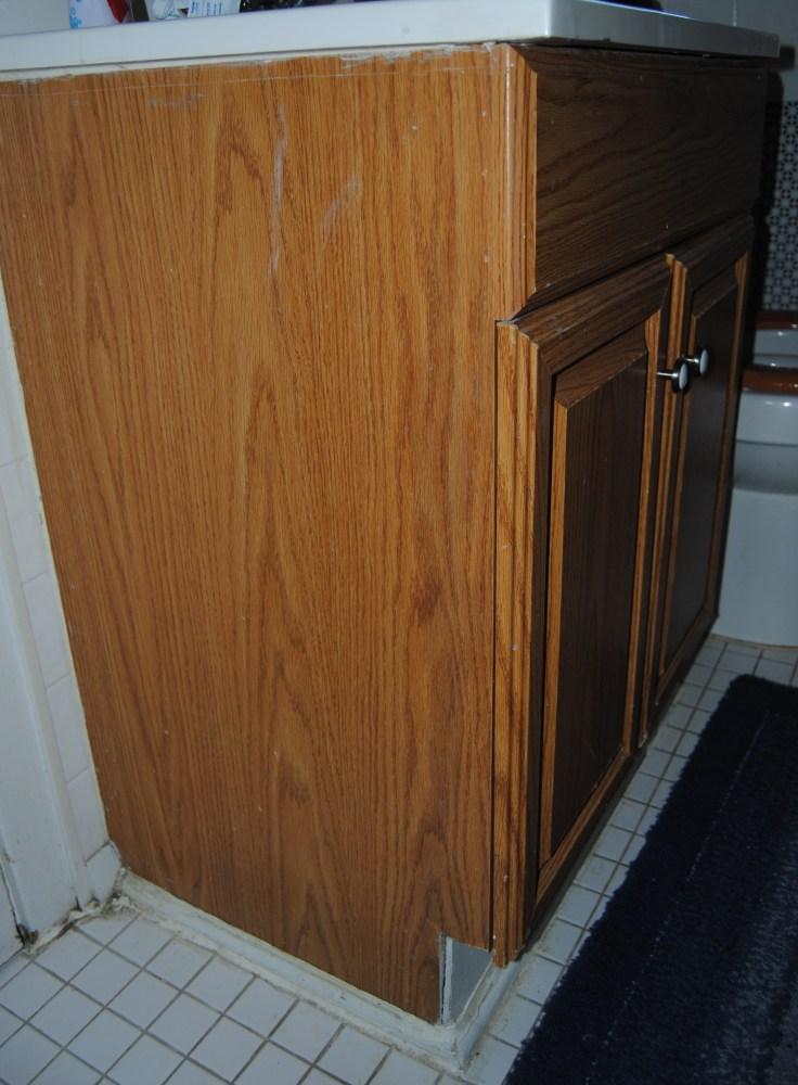 Design On A Nickel: Bathroom Cabinet Decoupage Restyle  (2/6)