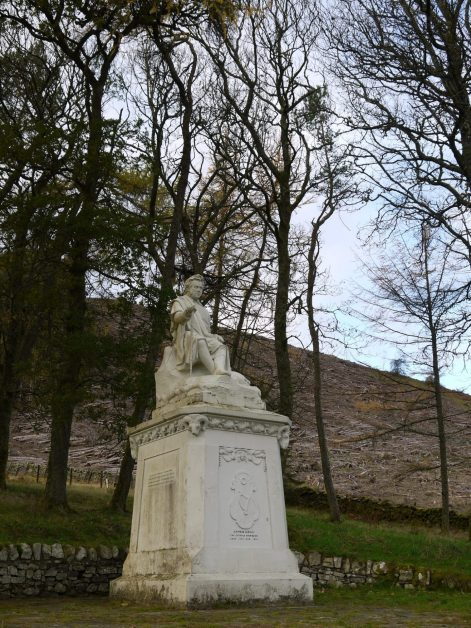 Monument to James Hogg