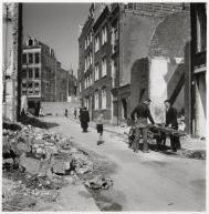 Emmy Andriesse (1945) Dilapidated houses in the Jewish district