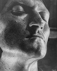 helmar-lerski-untitled-portrait-from-metamorphosis-through-light%22-1936