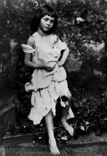 Charles Lutwidge Dodgson, aka Lewis Carroll (1858) Alice Liddell dressed up as a beggar-maid.