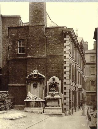 Henry Dixon (1885) London - Middle Temple - Hall [The Society for photographing relics of old London (No. 102)]