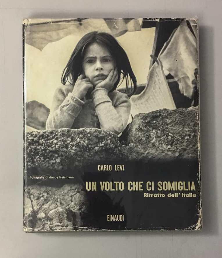 Un_Volto_Che_Ci_Somiglia_CoverS-800x932