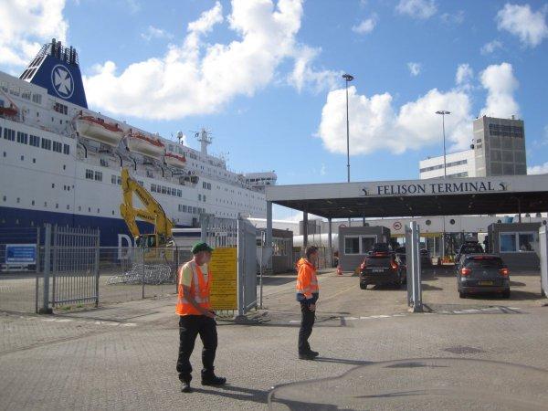 DFDS Fähre und tolles Wetter