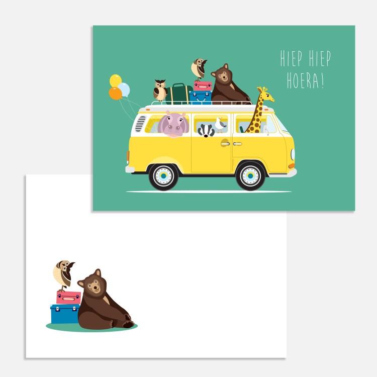 Een vrolijk VW-busje vol dieren. Een leuk verjaardagskaartje voor een kind.