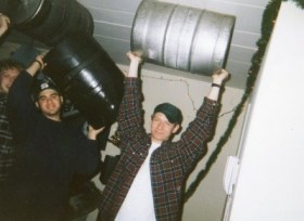 Three Penn State keg-carriers show off after years of braining (booze training).