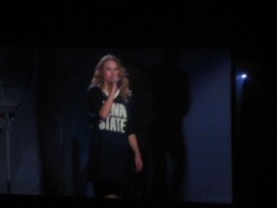 taylor_swift_in_penn_state_t_shirt