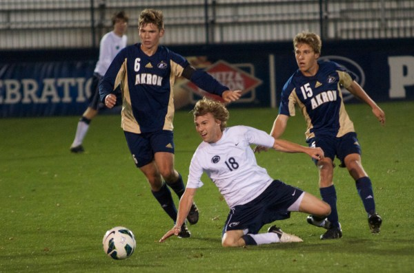 Men's Soccer Loses 2-0 to #3 Akron - Onward State