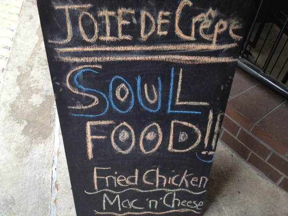 joie de crepe sould food sign