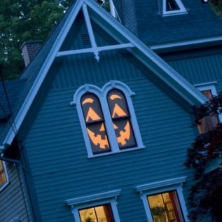 317x317x14-house-o-lantern.jpg.pagespeed.ic.O8UWGNfsPg