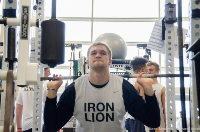 Mike Gesicki during winter workouts