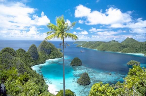 West Papua - ksmtour.com