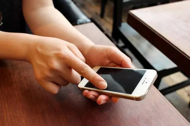 スマートフォンがあれば簡単に出品できる