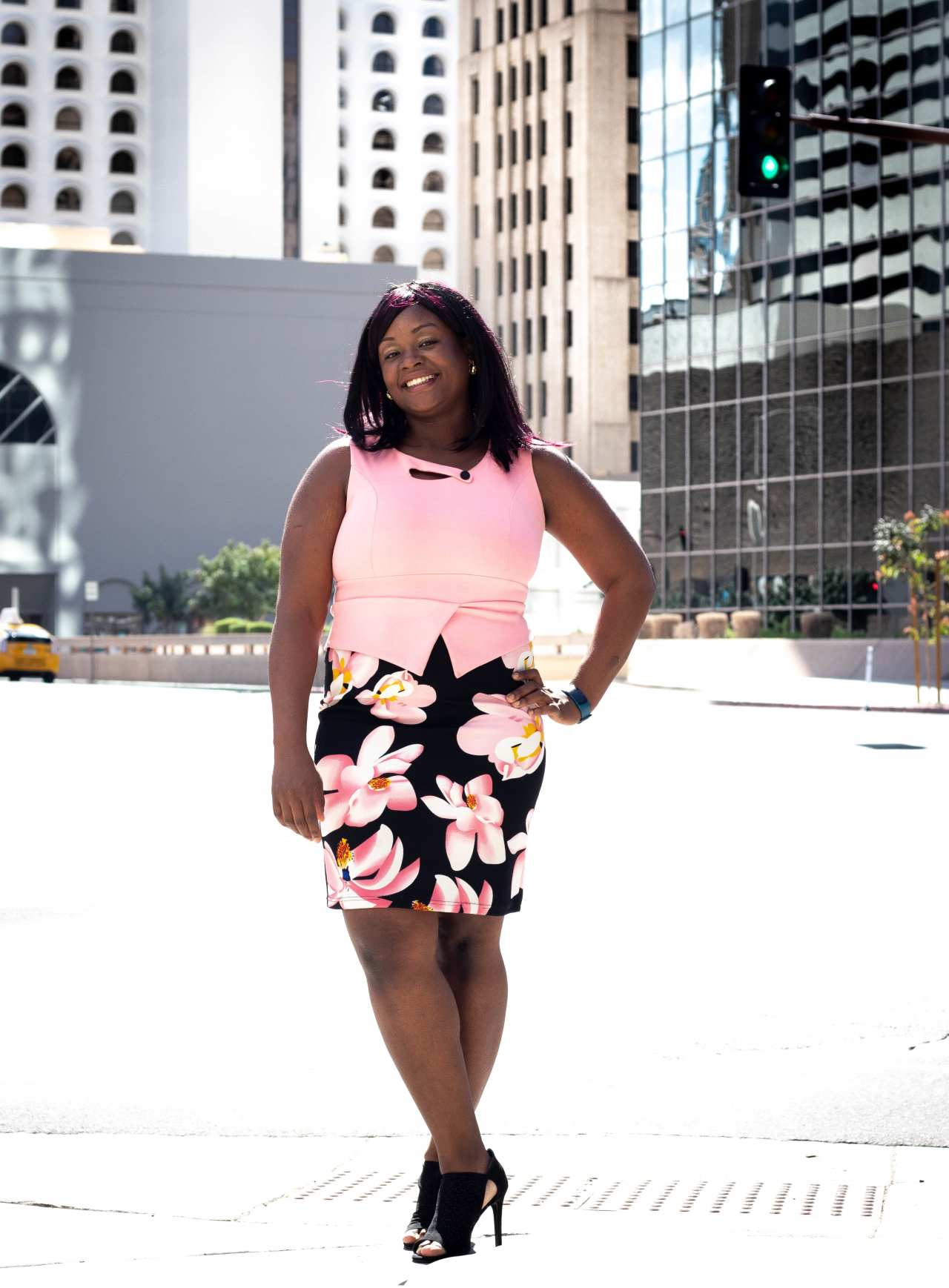 Onyinye Anike, Social media strategy for busy moms, high ticket sales, business coach, confidence coach for women, Christian coaches