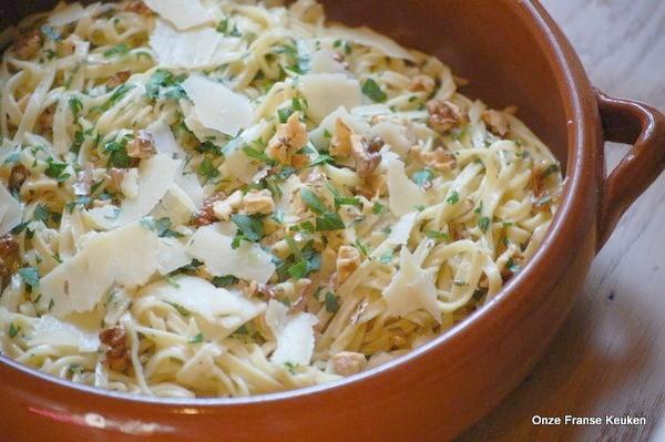 Onze Franse Keuken : Ottolenghi pasta met walnoot salie en citroen onze franse keuken