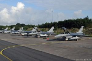 Lijntje F-16s voor vertfek op Vlb Leeuwarden