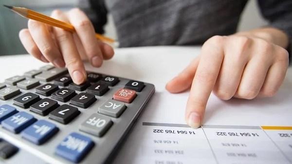 Phần mềm tính lương tốt giúp nhà quản lý giảm thiểu các tính toán thủ công truyền thống
