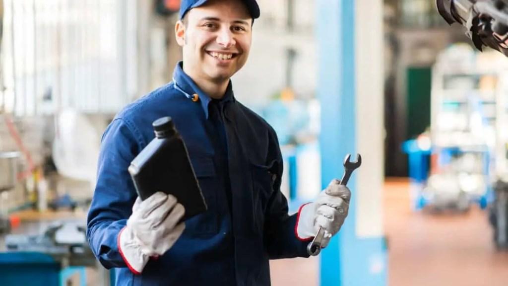 motor oil mechanic
