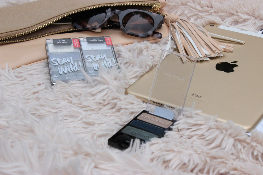 WetnWild-eyeshadow-palette- wrappers-delight- swatches- WetnWild-eyeshadow-palette-plaid-to-the-bone-eyeshadow-makeup-review- WetnWild-eyeshadow-palette-bust-a-wrap-review-oohlalablog-8