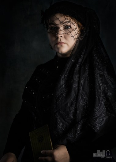 Victorian Photoshoot with Cat