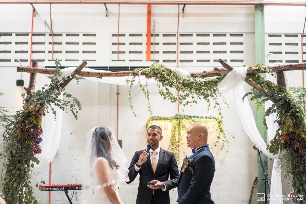 Liang-Pojoo-LiangPojooRingOnIt-Whup-Whup-Restaurant-Cafe-Couple-Portrait-Prewedding-Pre-Wedding-Ceremony-Day-Engagement-Photography-Photographer-Malaysia-Kuala-Lumpur-Ooi-Eric-Studio-31