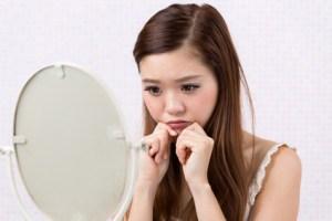 八重歯が可愛いのは日本人だけ?将来的なリスクが高まる八重歯