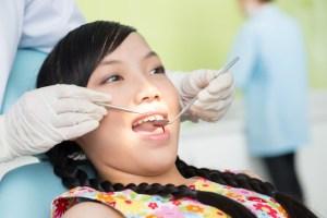 中学生の歯列矯正で行う治療方法と費用