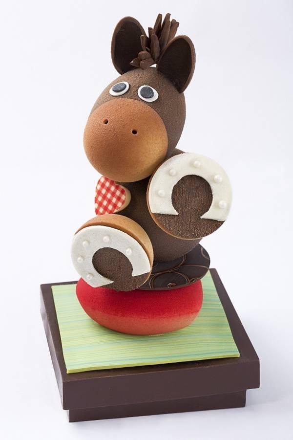 Chocolats-de-Paques-Eddie-Benghanem-pour-le-Trianon-Palace-Versailles
