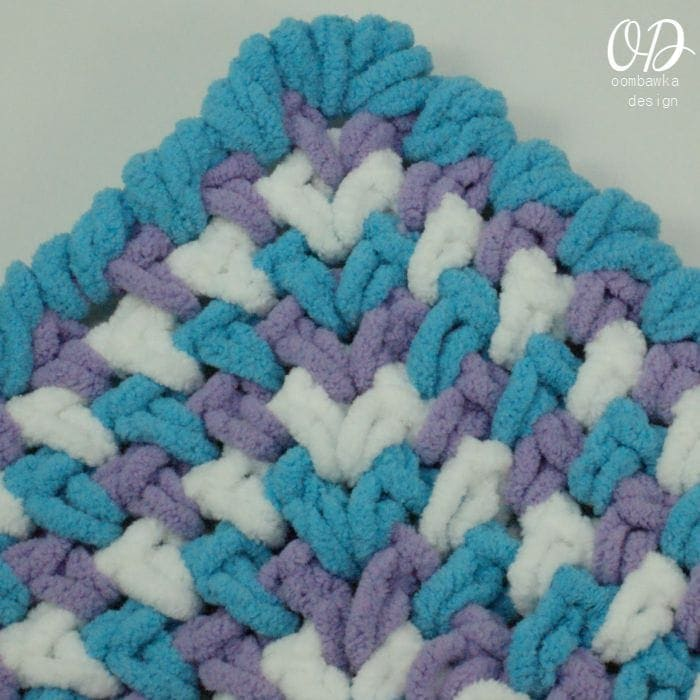 Baby Blanket Corner wider   Zoeys Baby Blanket   Free Pattern   Oombawka Design