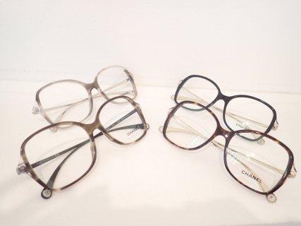 人と被らないシャネル(CHANEL)の伊達メガネをお探しの方に 「3399」