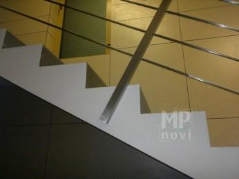Architekt Pabianice OOO studio Architektura i Design Balustrada schodowa stal nierdzewna skosna 3