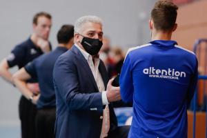 Korfballeague manager Ruud Bekkers met mondkapje