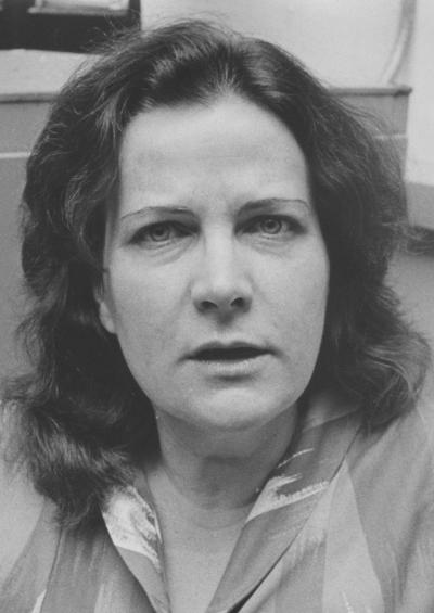 Greta Monach - closeup