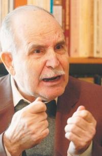 Dinos Christianopoulos