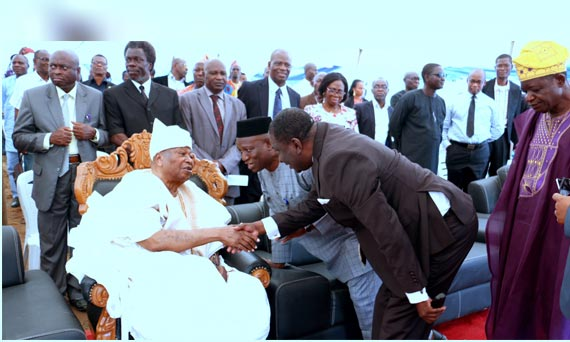 Awujale Of Ijebuland Laid The Foundation Of Professorial Chair In Governance Building Complex At OOU, Ago-Iwoye.